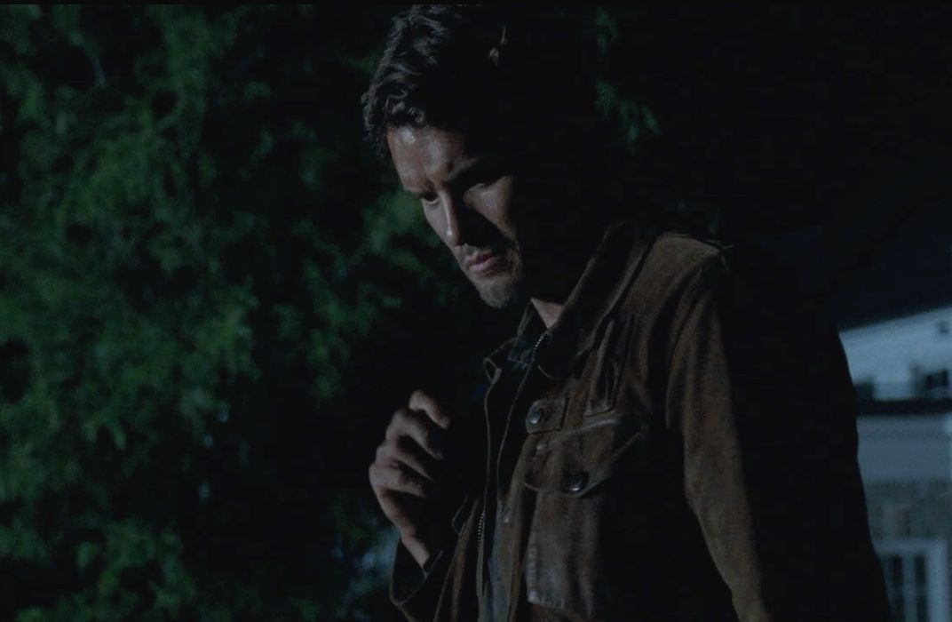 why-is-the-wall-bleeding-on-ep-6x05-of-the-walking-dead-5-theories-did-you-cut-yourse-706301
