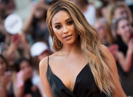 The Heiresses: Shay Mitchell torna in TV con una family soap