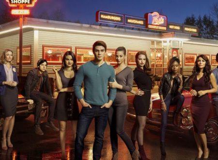 Riverdale: nei nuovi episodi avremo una Betty dark e un ritorno alle origini?