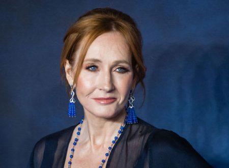 """J.K. Rowling parla della """"dimensione sessuale"""" nella relazione fra Silente e Grindelwald! E viene criticata"""
