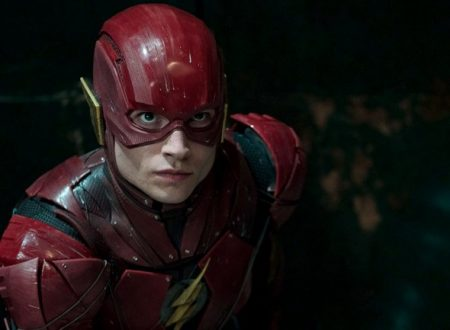 Ezra Miller sceneggiatore del film di The Flash