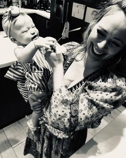 Hilary Duff: le polemiche sugli orecchini della figlia di otto mesi!