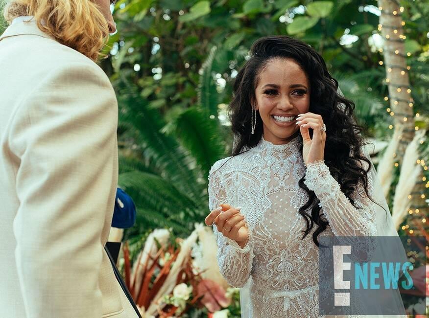 Riverdale: Vanessa Morgan ha sposato Michael Kopech!