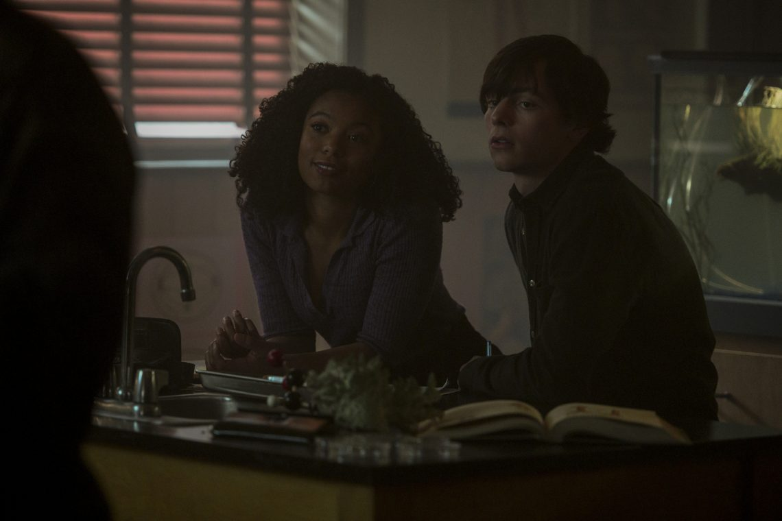 Jaz-Sinclair-Ross-Lynch-Chilling-Adventures-of-Sabrina-Chapter-31